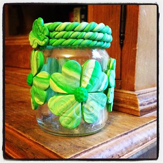 Candle holder with #fimo #shamrocks for #stpatricksday using #jarcrafts