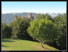 AUVERGNE - CHATEAU ROCHER