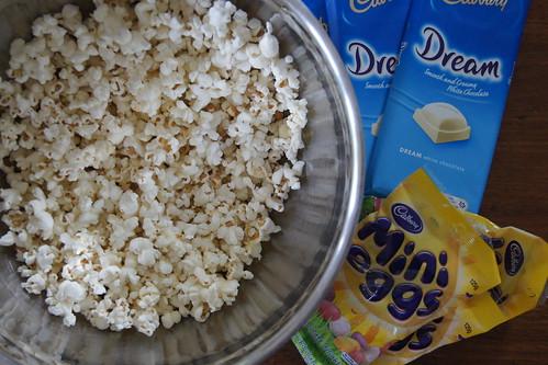 Easter popcorn DSC07092