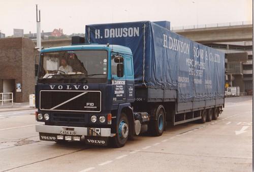 Volvo's (83)