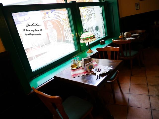 捷克Karlovy Vary餐廳推薦Restaurace U Svejka德國豬腳 (5)