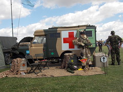 DAMYNS HALL MILITARY AND CAR SHOW ESSEX ENGLAND  BRITISH ARMY LAND ROVER AMBULANCE AND FIELD HOSPITAL MOCK UP  06-08-2016 DSCN1513