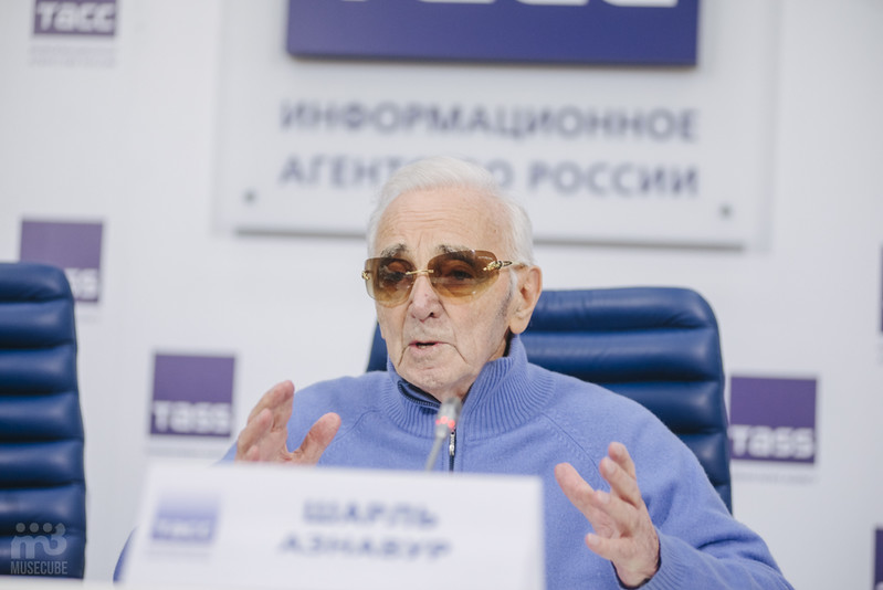 Шарль Азнавур пресс-конференция ТАСС (38)