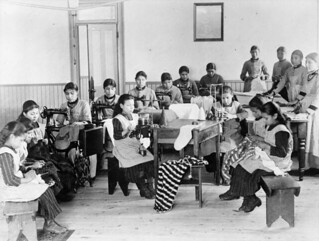 Indian residential school, Fort Resolution, Northwest Territories / Pensionnat indien, Fort Resolution (Territoires du Nord-Ouest)