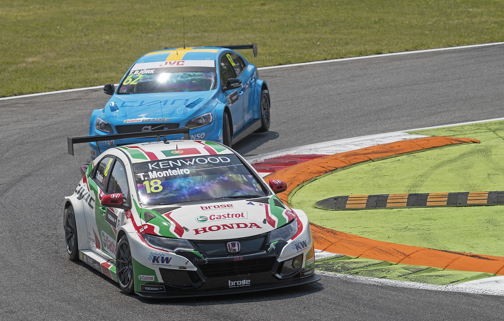 18 MONTEIRO Tiago (prt) Honda Civic team Castrol Honda WTC action during the 2017 FIA WTCC World Touring Car Race of Italy at Monza, from April 28 to 30  - Photo Gregory Lenormand / DPPI