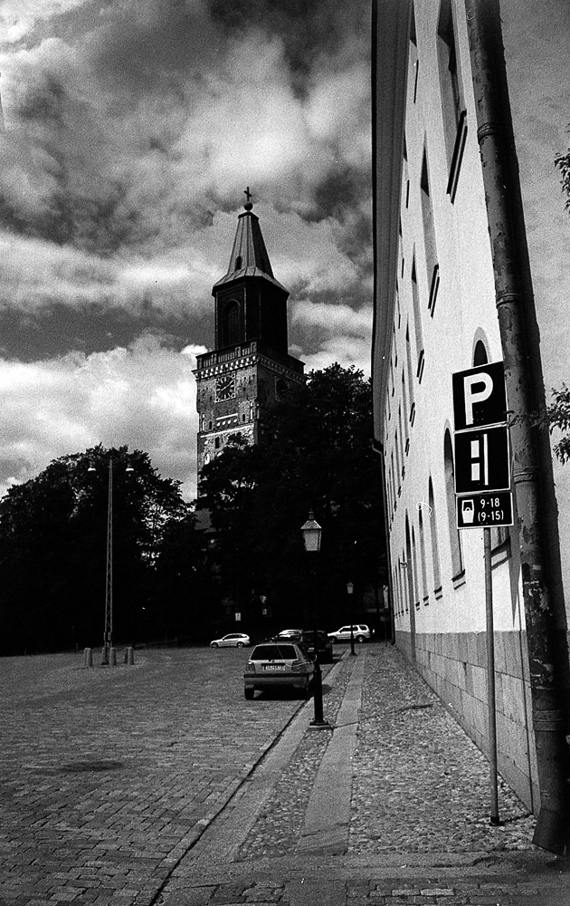 Turku Cathedral, red filter