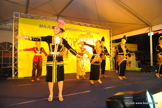 Noraniza Idris Lancar Program Pelancongan Sanggar Budaya