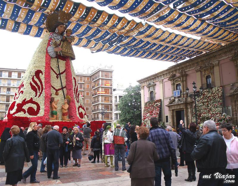 Visitar Valencia, Plaza de la Virgen