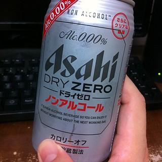 今日の湯上りノンアルコールビールはアサヒのドライゼロ。