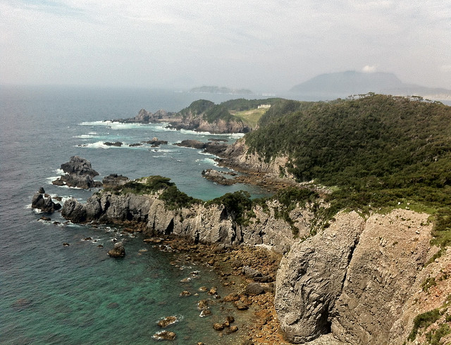 Bahia de Kanbiki y vistas de Oura y Naka Oura