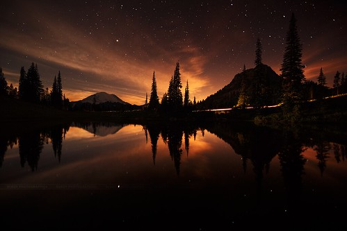 midnight sunset (Mount Rainier National Park @ Tipsoo Lake)