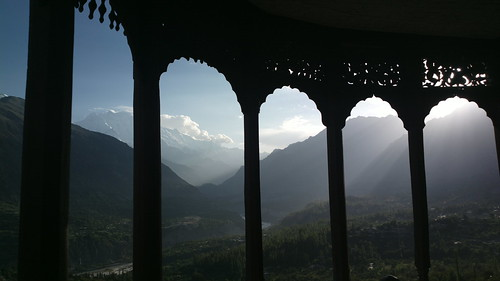 camera pakistan sun mountain mountains window mobile set nokia ancient phone view fort dusk buddhist valley tibetan years 700 hunza karimabad moutains balti 808 baltit mirs baltistan pureview gilgitbaltistan