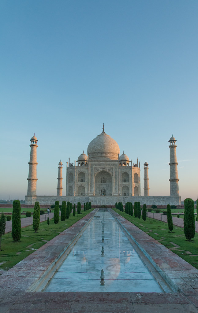 Beautiful Taj Mahal At Sunrise