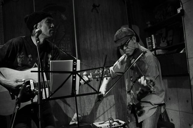 春日善光&石川泰 live at luck-ya, Tokyo, 04 Oct 2013. 077
