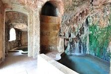 El Baño del Moro y de la Mora.