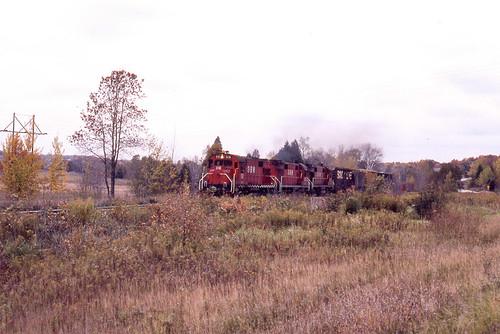 GB&W RS27 #316 near Green Bay on 10/10/81