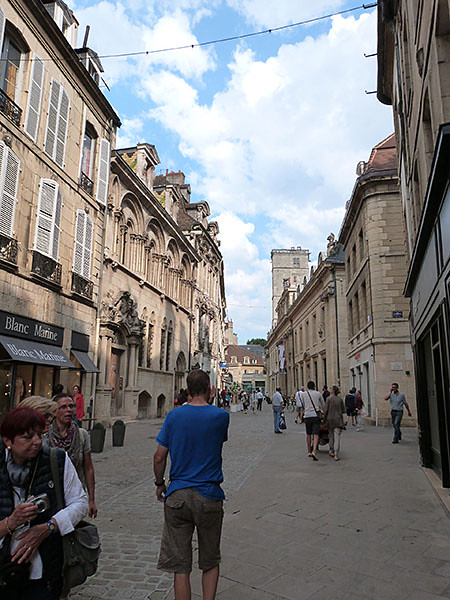 promenade dans les rues de Dijon