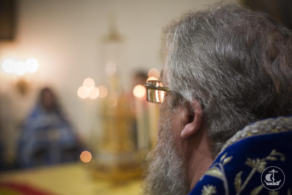 28 декабря 2013, Божественная Литургия в Покровском храме при Политехническом университете Санкт-Петербурга