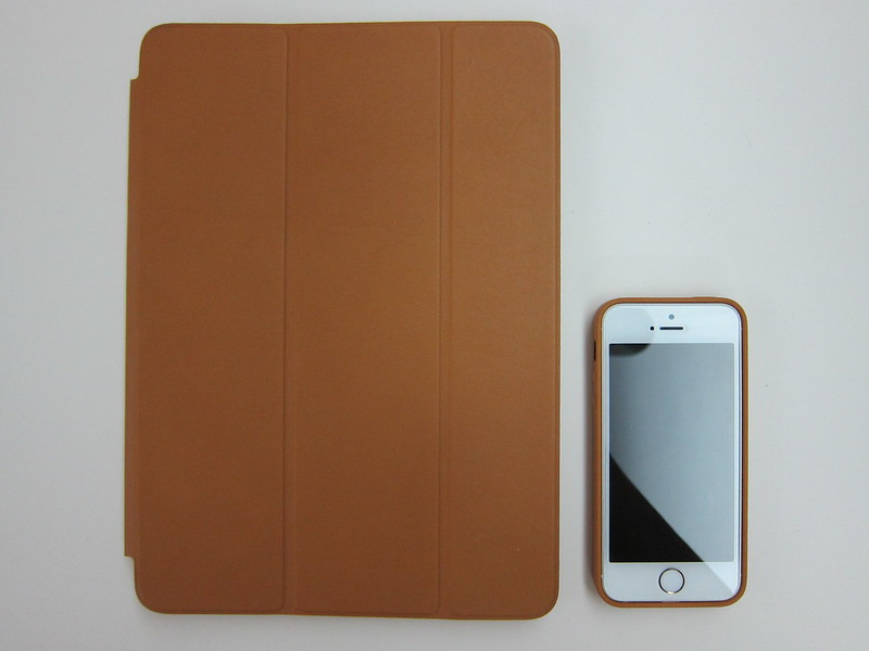 Apple iPhone 5s Case - With iPhone 5s & iPad Air (Front)