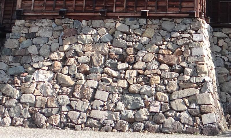 光秀築城時の石垣と江戸時代の増築時の石垣 | 福知山城のガイド | 攻城団