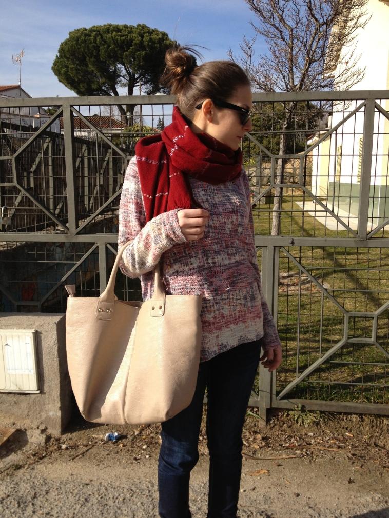 lara-vazquez-madlula-blog-burgundy-camel-look