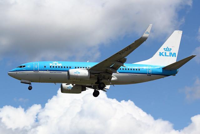 KLM - B737 - PH-BGE (1)