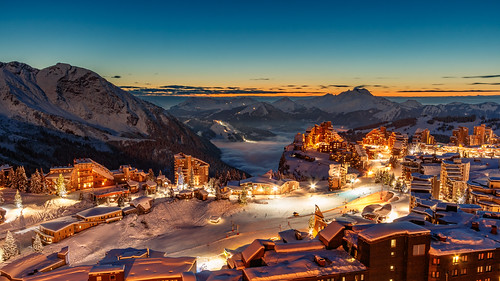 avoriazski landscape sunset ski resort blue orange sky winter canon 80d clouds nature light snow