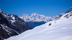 Widok na dolinę Val di Rheme. W oddali masyw Grand Combin