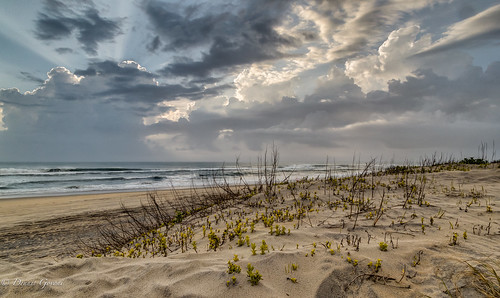 beach clouds dunes landscape northcarolina outerbanks sunrise nagshead unitedstates us