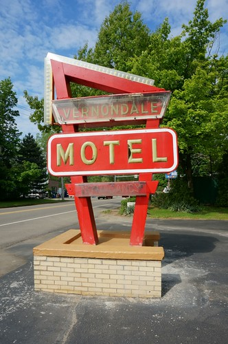 Vernondale Motel - Erie, Pennsylvania