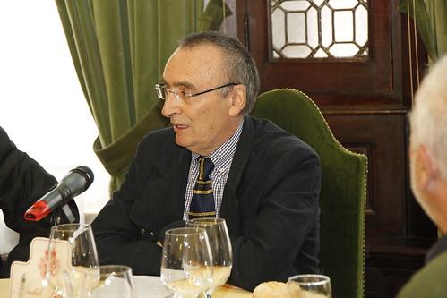 Manuel González Portilla ante el Grupo Vasco del Club de Roma