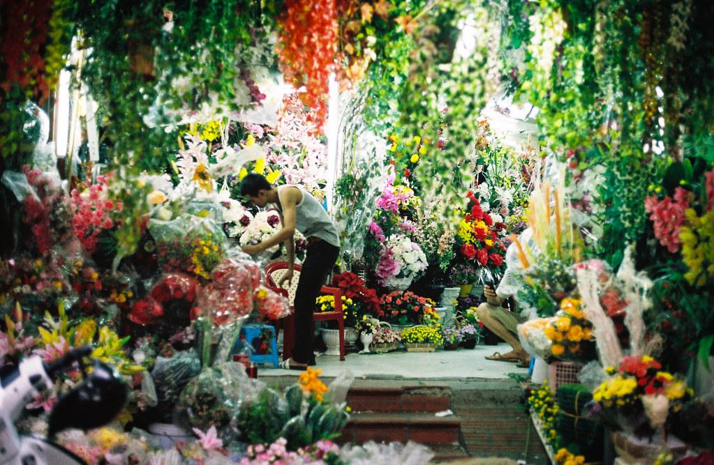 Vendeur de fleurs à Hanoi - Photo de Nathan O'Nions