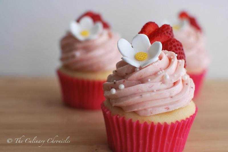 Strawberry Shortcake Cupcakes With Cake Mix