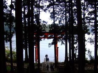 箱根神社・芦ノ湖の鳥居