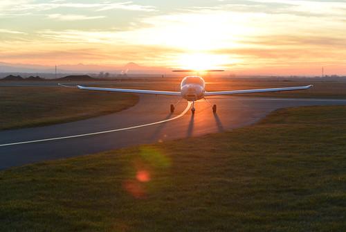 sunset aviation katana flugplatz stockerau dv20 loau