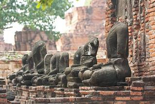 Image of Wat Phra Mahathat near Phra Nakhon Si Ayutthaya. thailand asia southeastasia december christmasday ayutthaya 泰国 watphramahathat ราชอาณาจักรไทย ประเทศไทย ayudhya 2013 พระนครศรีอยุธยา canon450d phranakhonsiayutthaya canonef70300mmf456lisusm