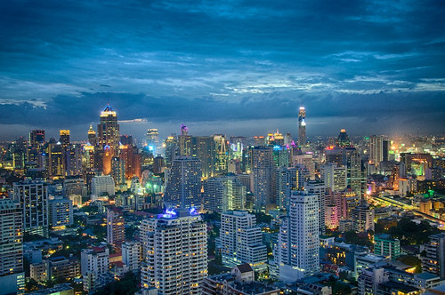 Bangkok (by: Eustaquio Santimano, creative commons)