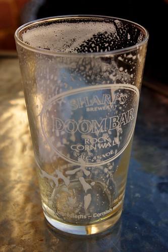 20140222-39_Emptied Pint of Beer - Doombar Ale