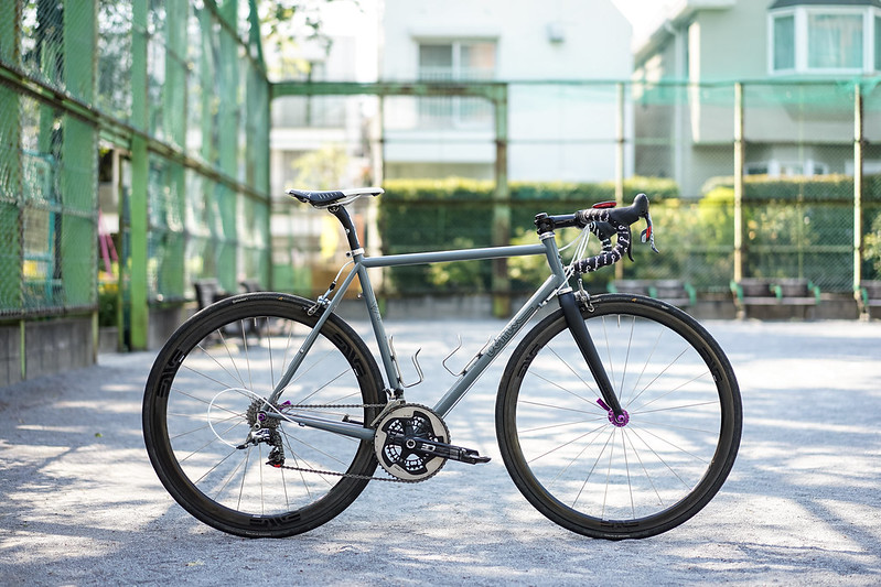 nb's *TOMII CYCLES* canvas