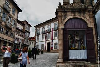 Image of Padrão do Salado. portugal foto medieval guimaraes fotografia turismo norte minho nossasenhoradaoliveira largodaoliveira padraodosalado