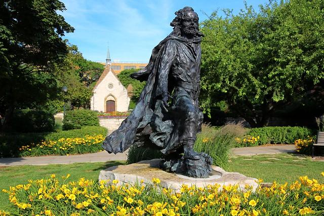 Statue of Father Marquette