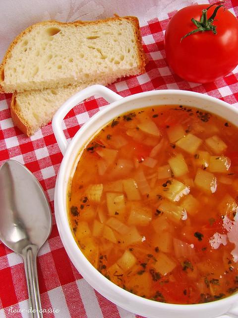 суп из кабачков с томатами CIA 1