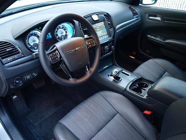 2013 Chrysler 300S Glacier Edition