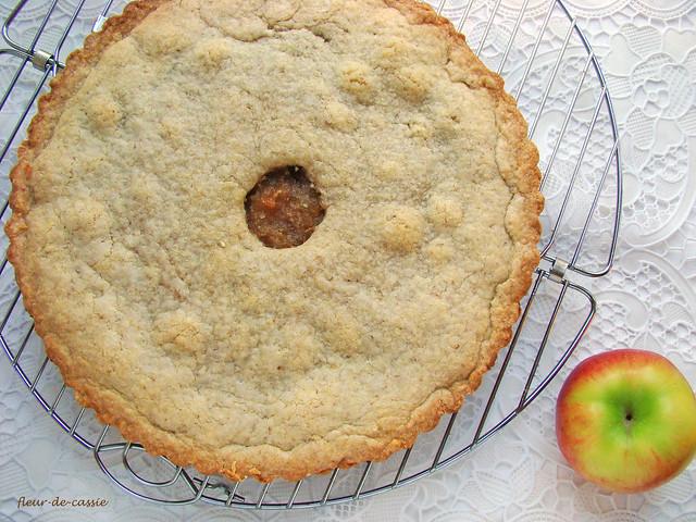 яблочный закрытый пирог 1