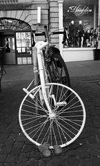 the white bike of old Edinburgh 02