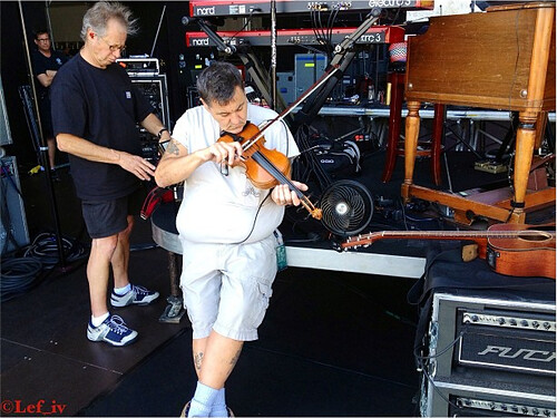 Violin ok Rock in Rio 2014 Photo Lef Carrol IV