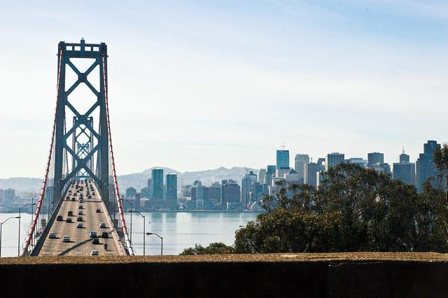 Bay Bridge es el puente que conecta la isla Treasure Island, el tesoro mejor guardado de San Francisco - 10221021515 078f91ab9f z - Treasure Island, el tesoro mejor guardado de San Francisco