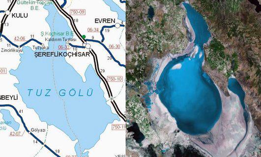 Detalle del lago sobre el terreno, con dos metros de profundidad máxima y un salinidad increíble Tuz Gölü, el lago salado de Turquía - 10515909416 8c73c88d71 o - Tuz Gölü, el lago salado de Turquía
