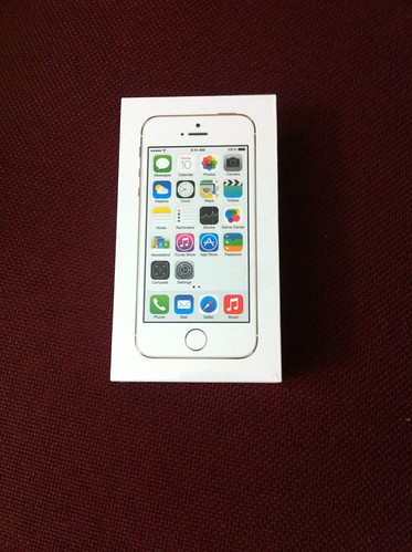 Apple iPhone 5S Gold box