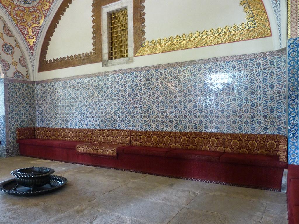 Divan interior, Topkapi Palace